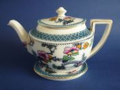 Large Keeling and Co 'Pagoda' Losol Ware Teapot and Stand c1910